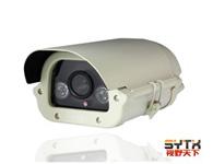 视野天下SYTX-2909ER-IPT-2/F(宽动态照车牌摄像机) 分辨率:1920*1080强光抑制。标准H.264压缩方式;1/2.5