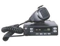建伍TK-768G/868G车载台颜色分类: 黑色  对讲机类别: 手台  最大通话距离: 10km以上  有无显示屏: 有  频率范围:146-174MHz/136-150MHz  信道数量:128信道  工作电压:13.6VDC±15\\%