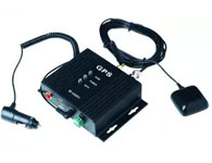 实时?#32479;?#36733;GPS-型号:WM-5000PV+ 巡查车辆需要安装车载设备,并且确保设备工作正常。车载设备使?#20204;?#20808;要通过管理中心对其进行初始化,设置中心号码、采点时间间隔、采点速度下限等。