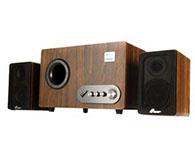 三诺LA-6900W音箱类型: 电脑音箱,音箱系统: 2.1声道有源无源: 有源,调节方式: 旋钮,供电方式: 电源:220V/50Hz,功能特点: 读卡器,U盘直读